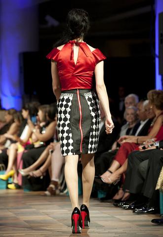F. Christine Mapondera, Sireka Couture