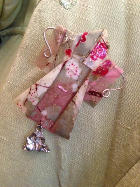 Kimono pin