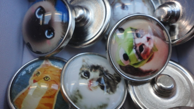 Beachstone Buttons