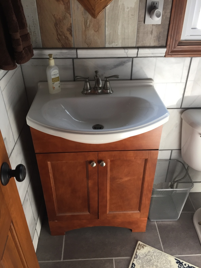 Low-profile sink