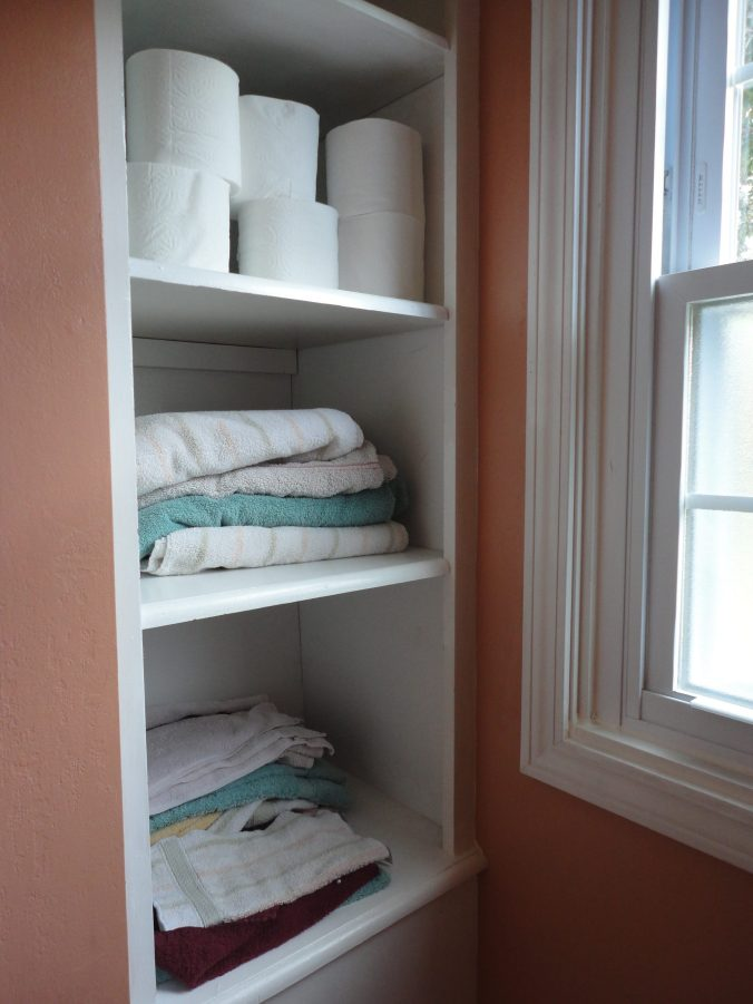 Bathroom built-in shelving