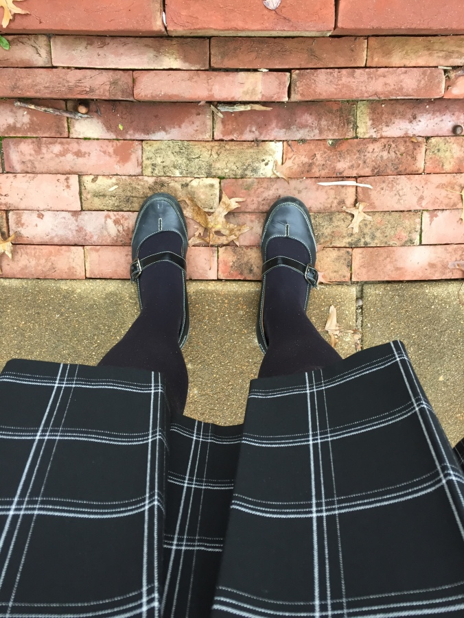 Abby & Elle Upstairs Fashion & Design plaid skirt outfit